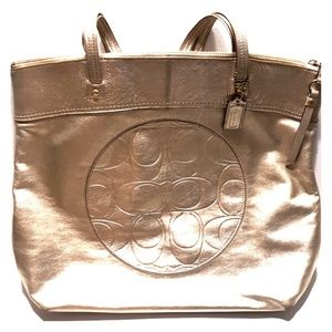 Pre-Owned COACH Laura Gold Leather Slim Tote